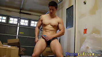 Muscle gaysian jerks off big cock after racy nipple play